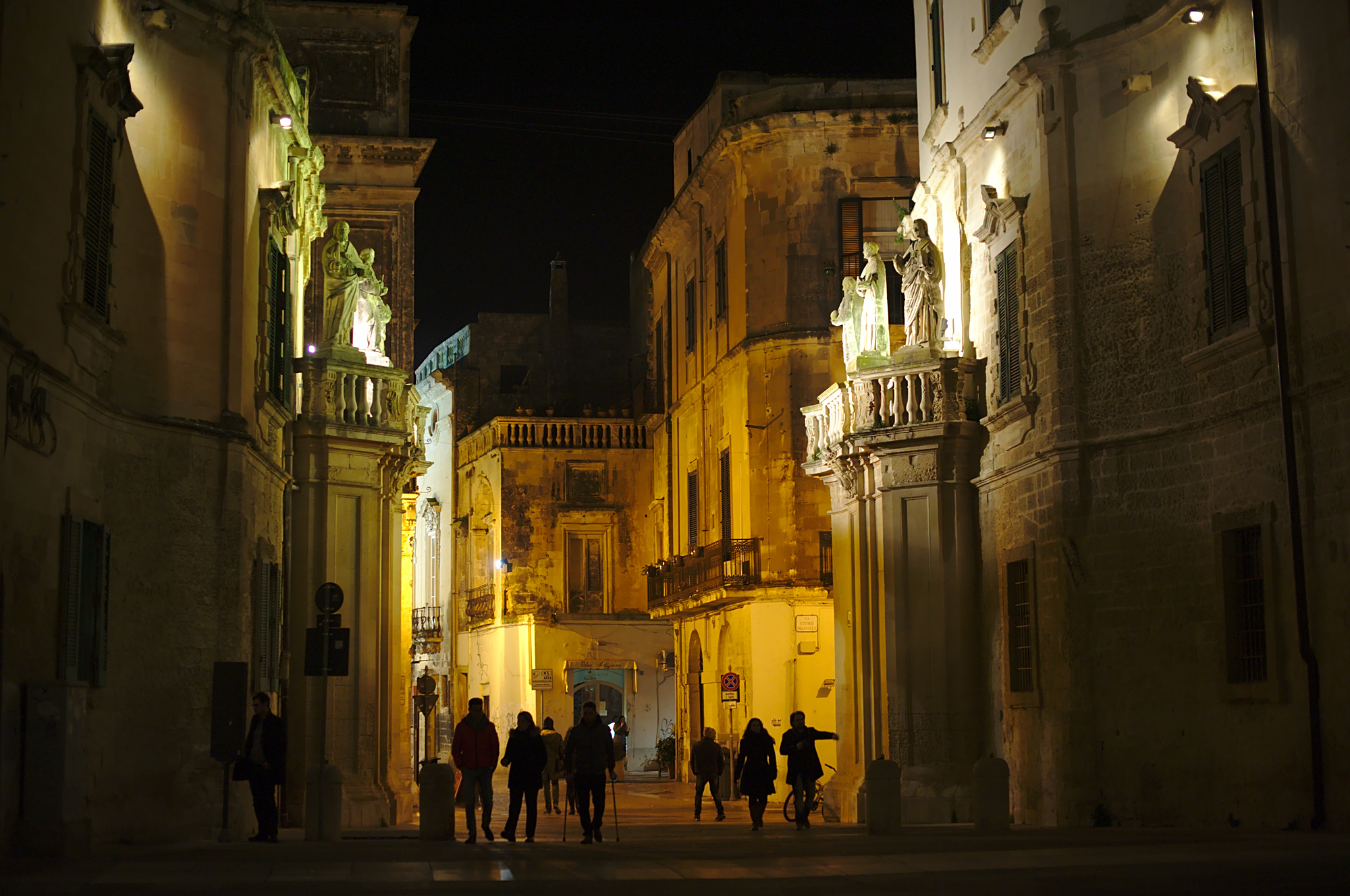 Suricata To Linux And Beyond Switch Light Related Keywords Suggestions Long Tail Lecce By Night